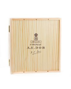 coffret-ferme-degustation-maison-cognac-a-e-dor-quatre-bouteilles-20-cl-vs-vsop-for-cigar-xo