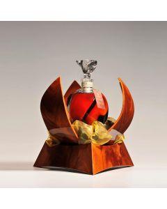 tres-vieux-cognac-maison-a-e-dor-edition-limitee-cuvee-speciale-sign-of-time-carafe-coffret-bois-petales